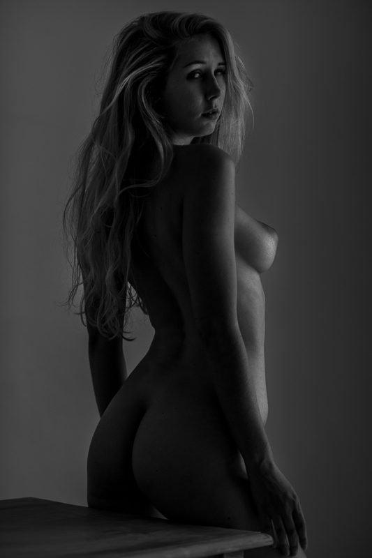 Paris Fine Art Nude