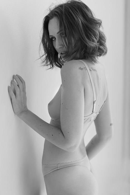 Photographie Workshop Portrait Nu Laura BGN par Neil Snape